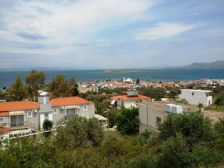 Agistri - widok na miasteczko ze szlaku