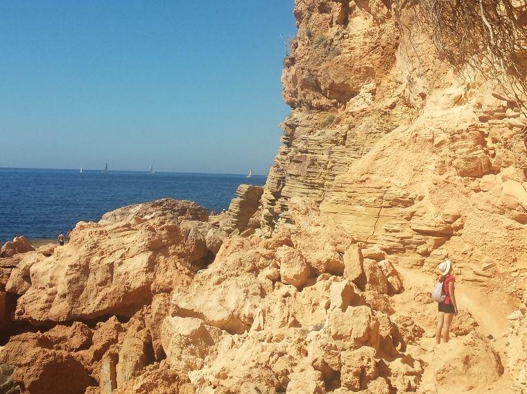 żółte skały Punta Galera