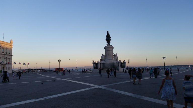Plac Comercio o zmroku