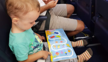 dwulatek w samolocie